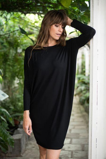 Sukienka trapezowa czarna z tencelu