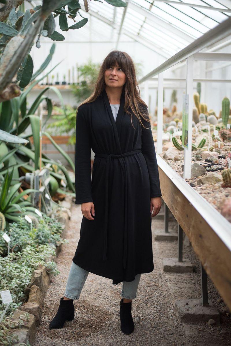 Długi czarny kardigan z bawełny organicznej