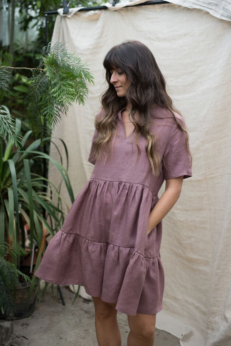 Sukienka luźna z falbanami lniana